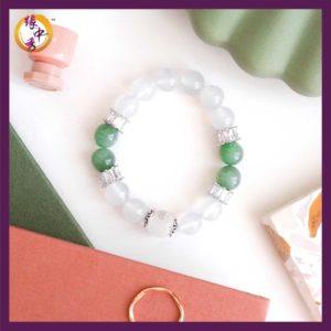 1. Yuan Zhong Siu Miracle Green Nephrite Phoenix Bracelet